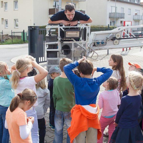 grundschule_bei_der_feuerwehr_004.jpg