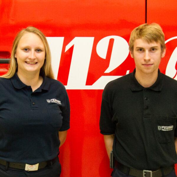 Für unsere Jugendfeuerwehr zuständig, Ina Axtmann (Jugendwartin) und Johannes Bindriem (Stellvertreter)